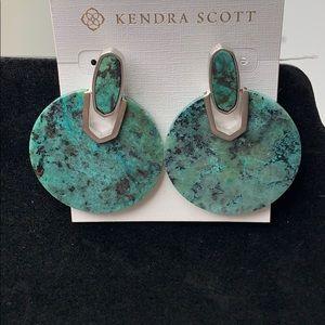 Kendra Scott Earrings In green